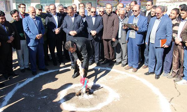 کلنگ زنی دو مدرسه با مشارکت بانک ملی در آذربایجان شرقی