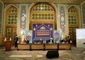 اجرای طرح جمع آوری تابلوهای فاقد مجوزدر کمربندی قم