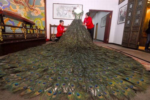 لباس عروس 1.5 میلیون دلاری ! +عکس