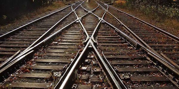 """خبر خوش معاون راهآهن از تحویل اولین محموله ریل """"ذوب"""""""