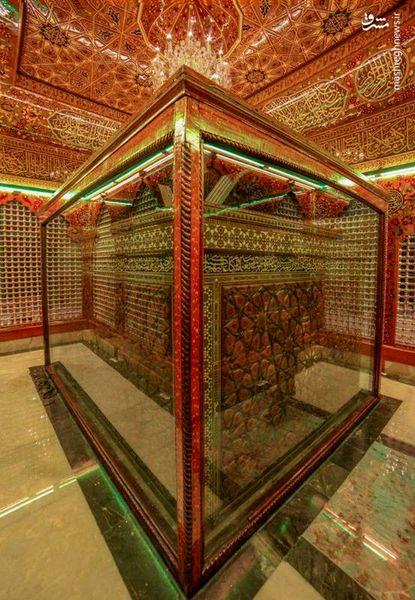 تصویری زیبا از درون ضریح حضرت عباس (ع)