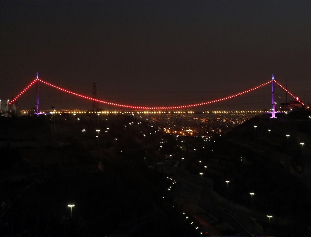 پل معلق آسمان با سیستم های نوین نورپردازی شد