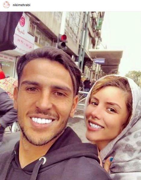 سلفی ماشینی آقای فوتبالیست با همسر بازیگرش