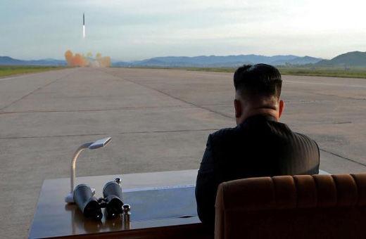 تصویر رهبران پیشین کره شمالی بر روی لباس دیپلمات های کره ای+عکس