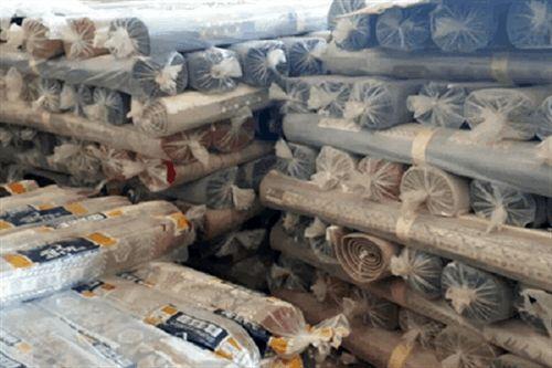 ۱۰۰ تخته فرش توسط خیر قمی به مددجویان کمیته امداد قم اهدا شد