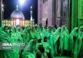 خبرنگاران خارجی در یک امامزاده+عکس