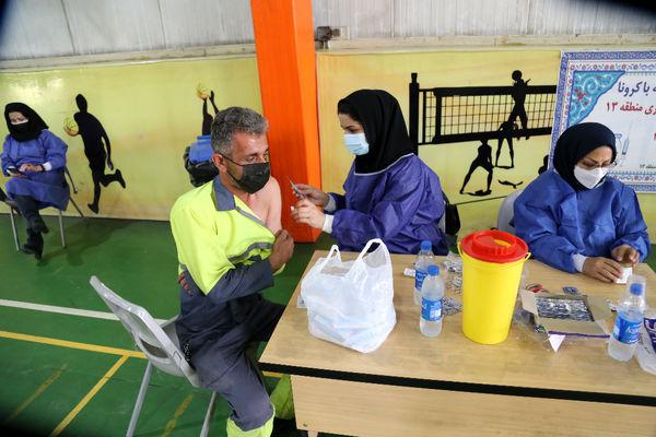 دومین مرحله واکسیناسیون کرونا برای پاکبانان منطقه ۱۳ اجرایی شد