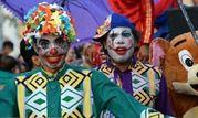 """کارناوال """"شادی"""" راهی مناطق زلزله زده میشود"""