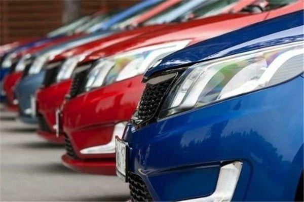 ممنوعیت واردات خودروهای خارجی تاپایان سال است