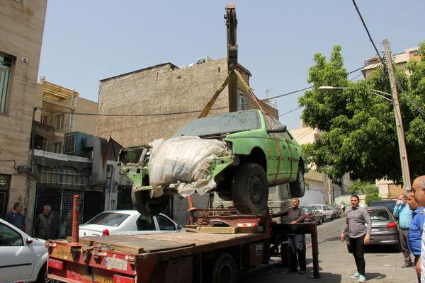 اجرای مرحله دوم جمع آوری مزاحمت های اصناف در منطقه چهار تهران