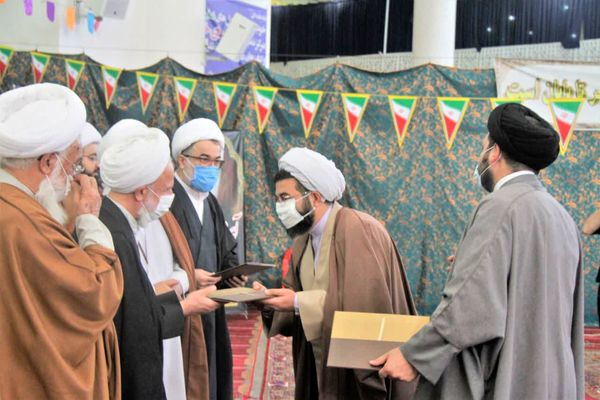 زمینه سازی رشد و تعالی معنوی بزرگترین دستاورد انقلاب اسلامی است