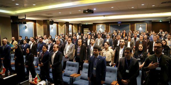برگزاری همایش آموزشی انگیزشی شبکه فروش بیمه رازی