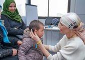 دیدار بشار اسد و همسرش با دانشجویان+عکس