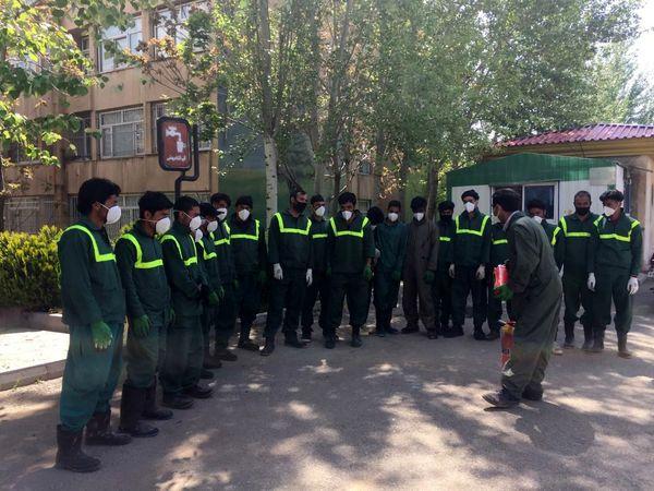 استقرار اکیپ های اطفاء حریق دربوستان هاو باغات منطقه*2