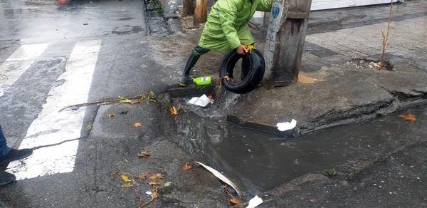 کاهش چشمگیر آبگرفتگی ها در معابر منطقه 4 تهران