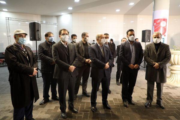 اجرای مراسم نورافشانی در ایوان انتظار ایستگاه میدان حضرت ولی عصر (عج)