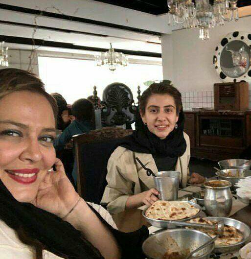 تیپ بهاره رهنماو دخترش با خالکوبی هایی عجیب! +عکس
