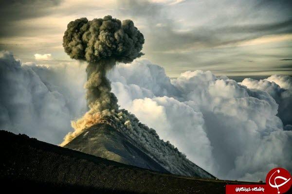 برجی از دود سیاه آتشفشان در عکس روز نشنال جئوگرافیک+عکس