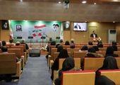 میزبانی بیمه حکمت از راهپیمایان تهرانی در یوم الله 22 بهمن ماه