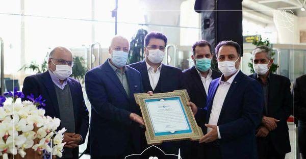 آیین بهره برداری از آزادراه شرق اصفهان  و طرح  توسعه و بهسازی  فرودگاه بین المللی اصفهان