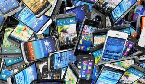 قیمت موبایل ١٠ تا ١٢ درصد کاهش یافت