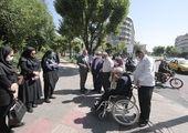 بازدید دکتر نژادبهرام از پروژه بهسازی پیاده روها و احداث مسیر دوچرخه خیابان کریمخان