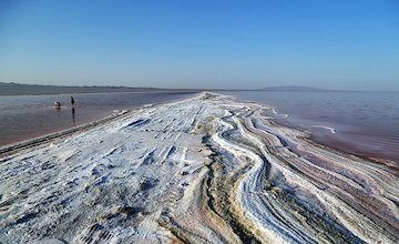 احداث مسیر دریاچه نمک ۴۵۰ میلیارد تومان اعتبار نیاز دارد